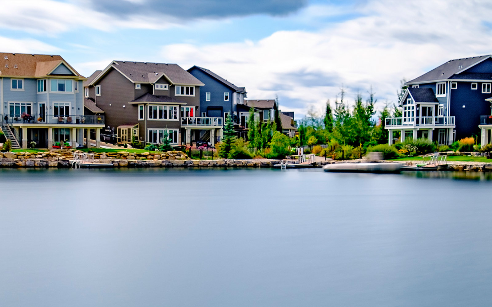lakeside-living-at-auburn-bay-calgary-alberta