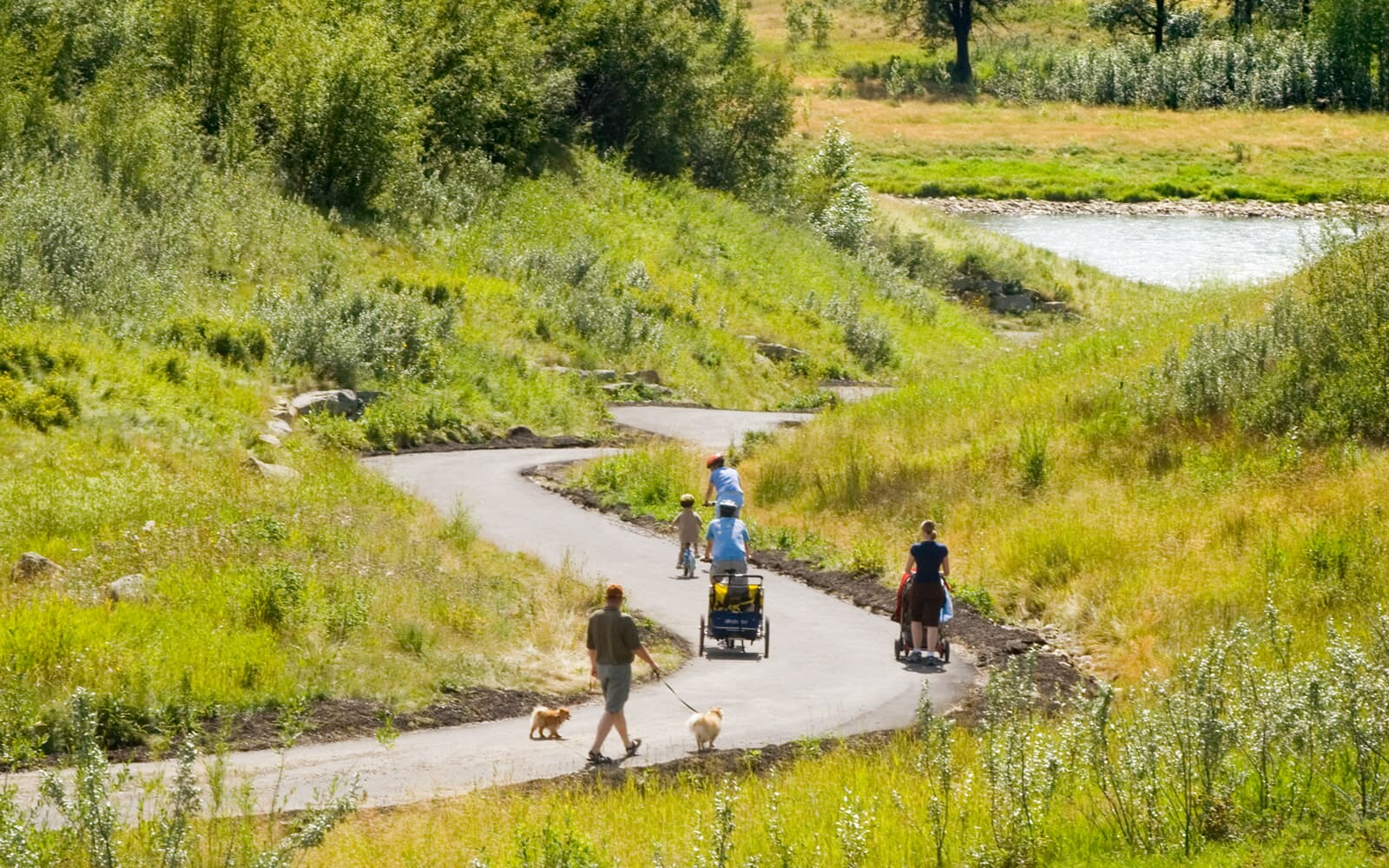 bike-paths-in-cranstons-riverstone-calgary-alberta