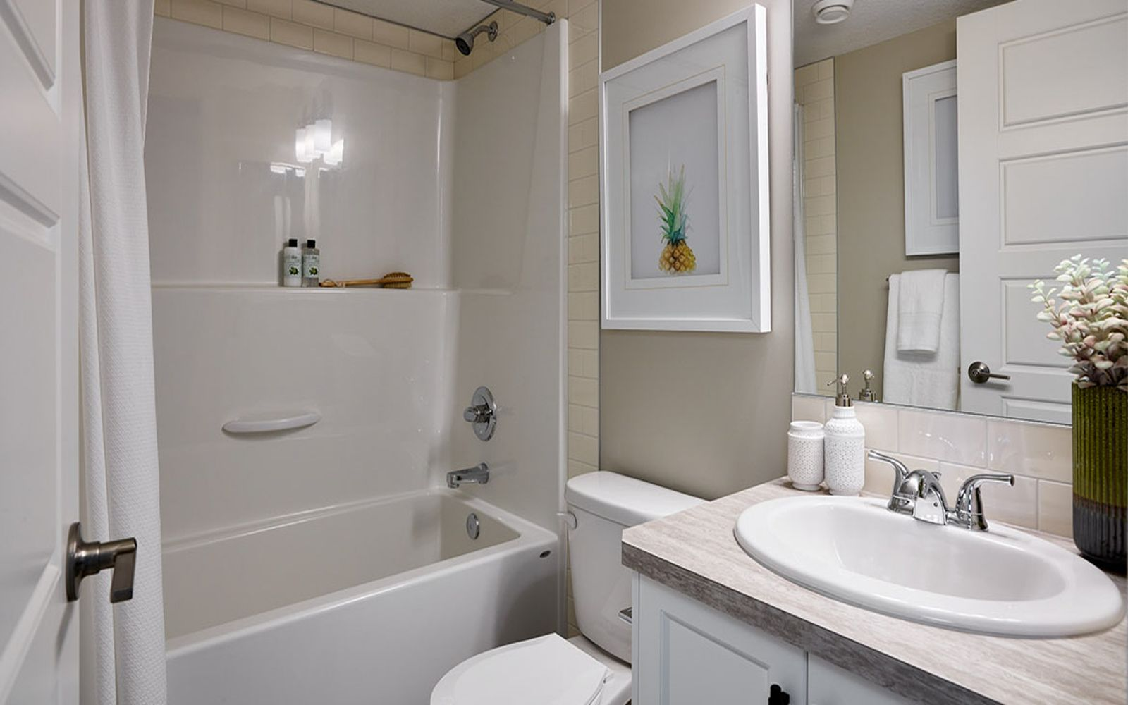 bathroom-ivory-calgary