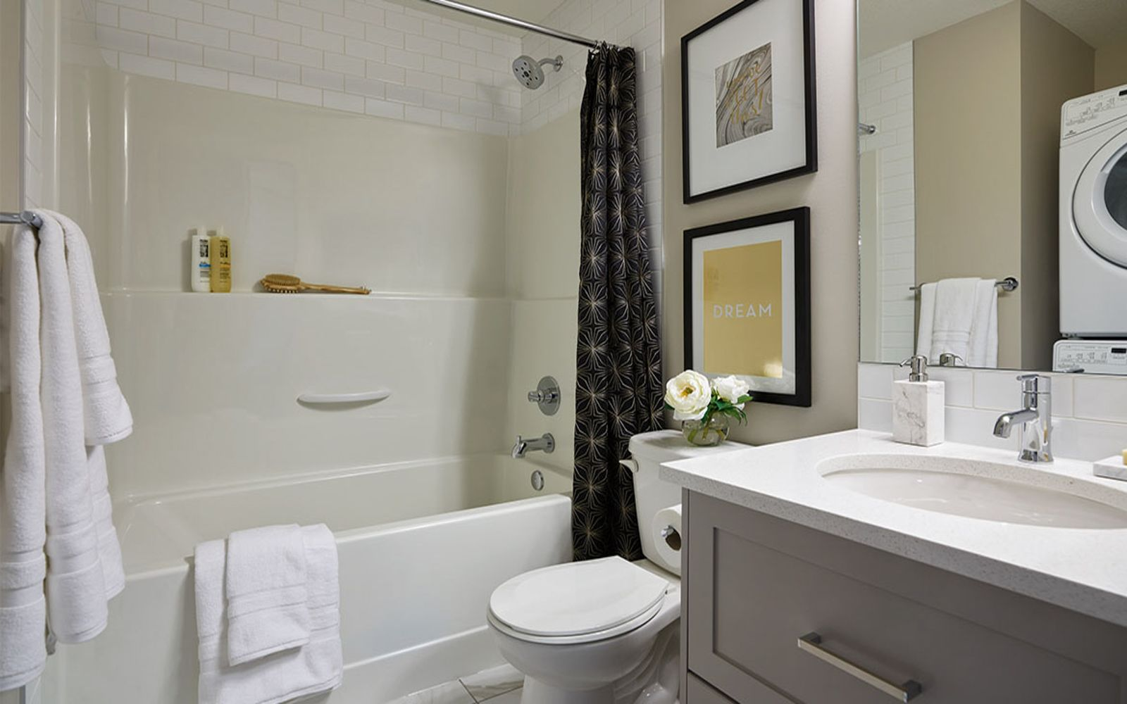 bathroom-ruby-cranstons-riverstone-calgary