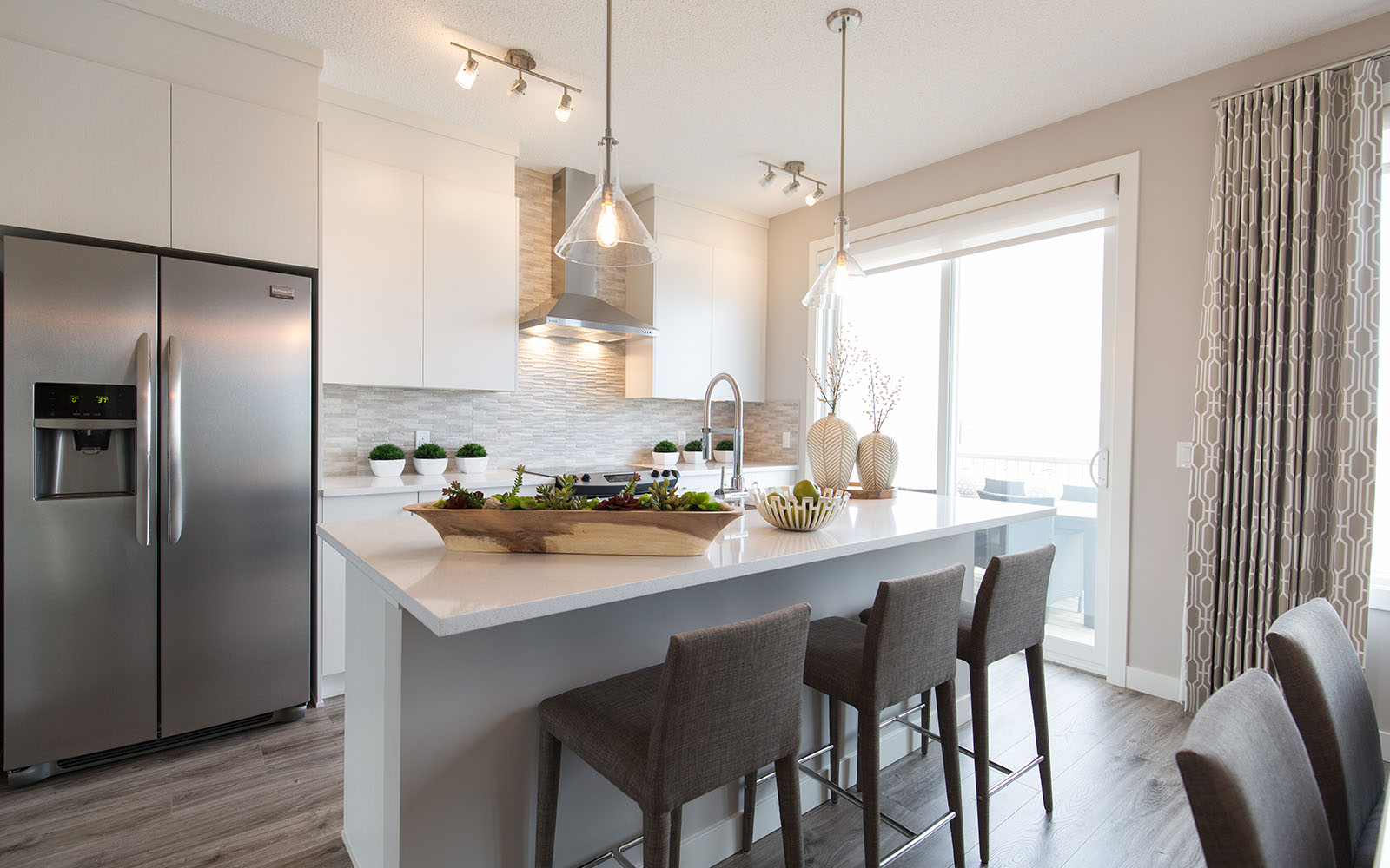 kitchen-wicklow-livingston-calgary-alberta