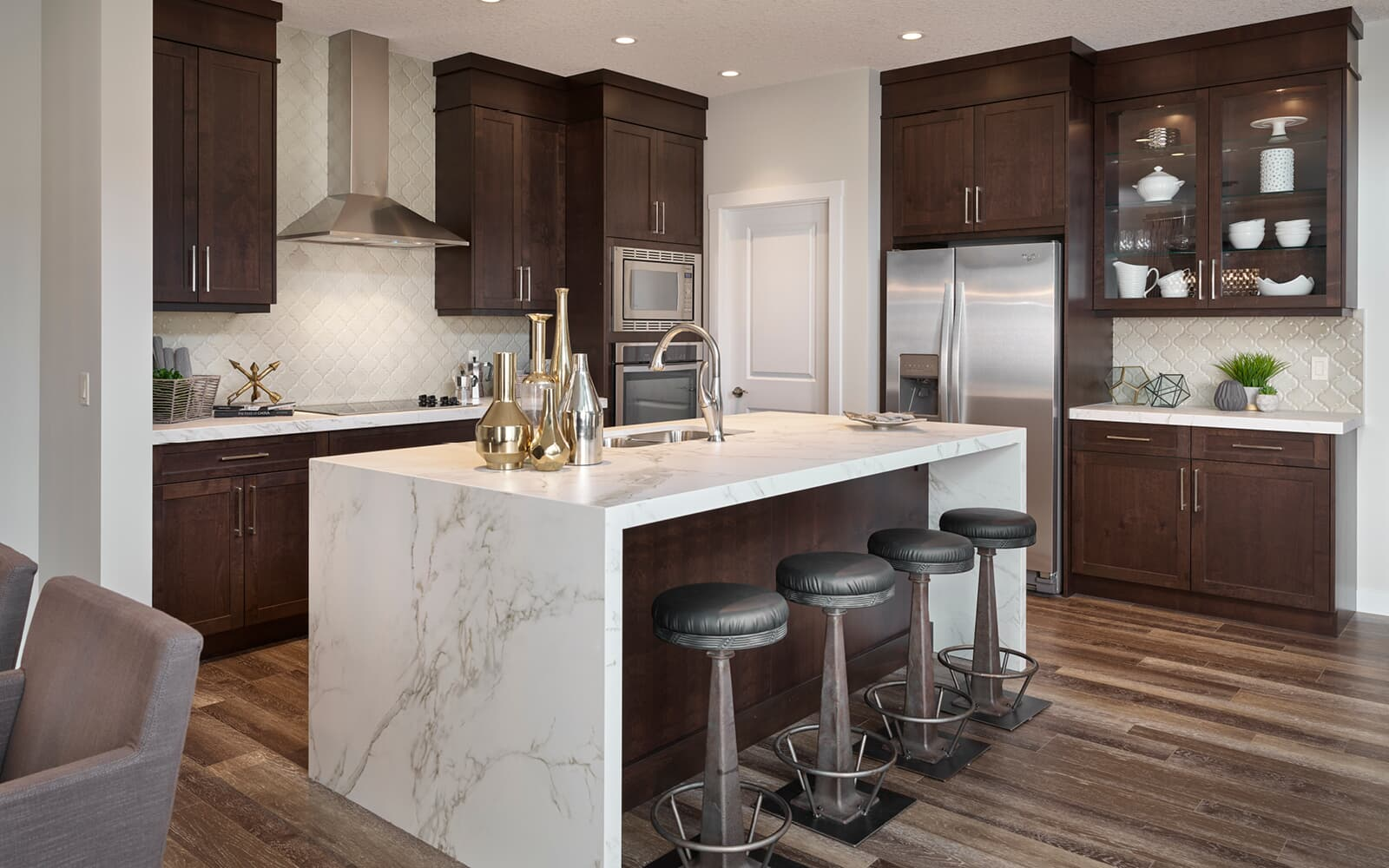 kitchen-savona2-west-grove-calgary-alberta
