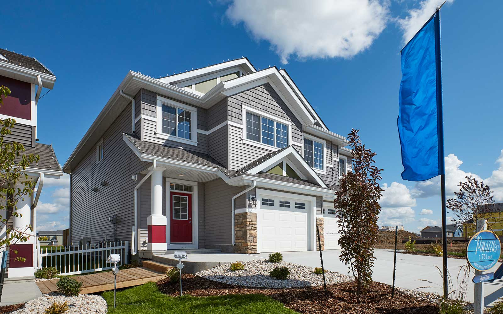 homes-in-lake-summerside-edmonton-alberta
