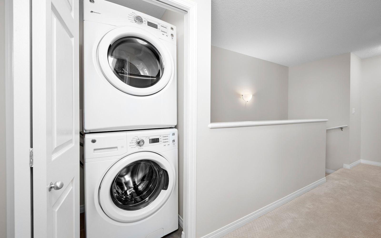 laundry-bedroom-decorus-edmonton
