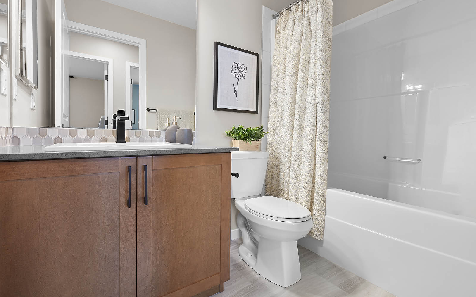 bathroom-fraser-edgemont-edmonton