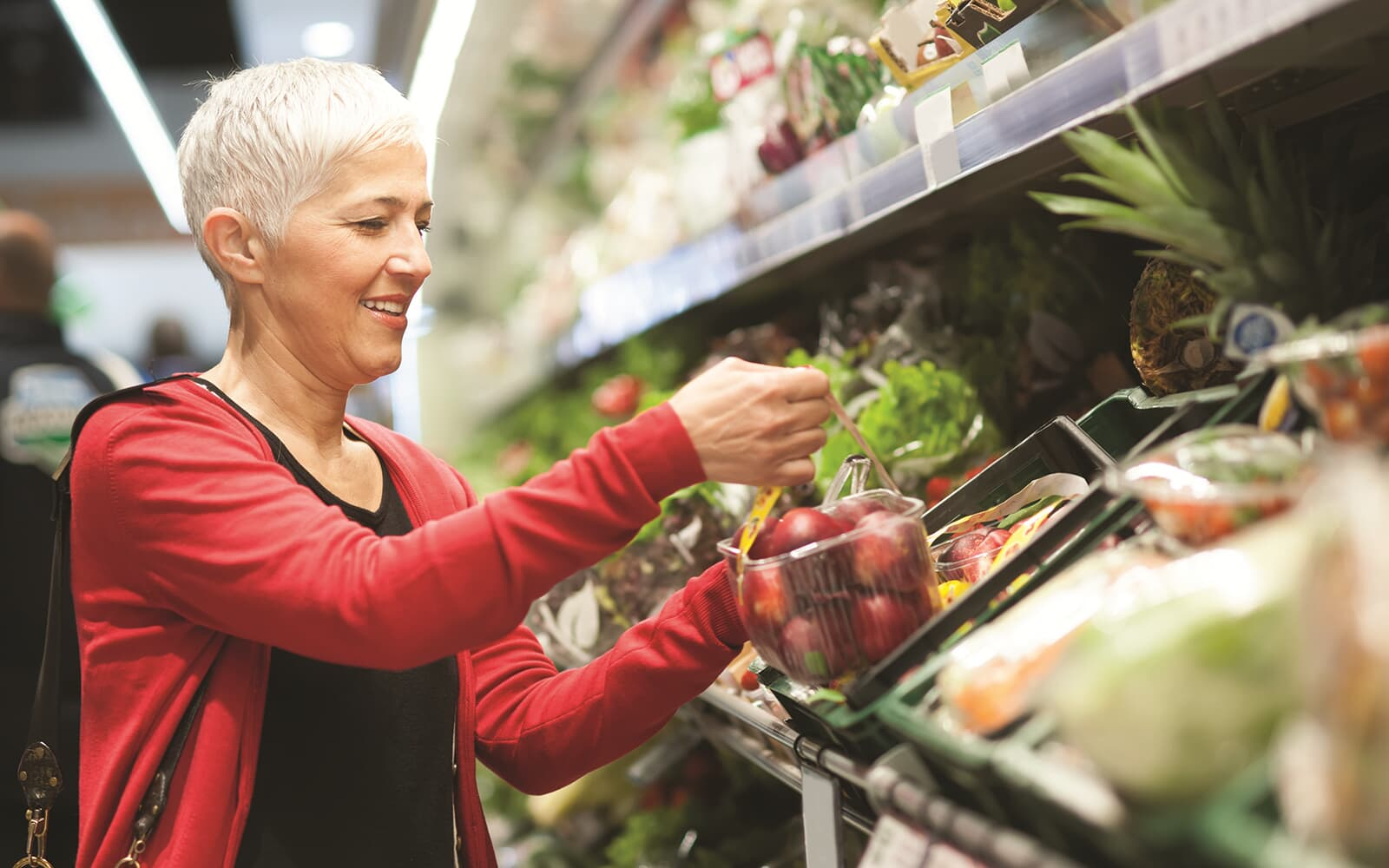 Lifestyle-Stock-Woman-Grocery-Shopping-Brighton-Crossings-Denver-Colorado