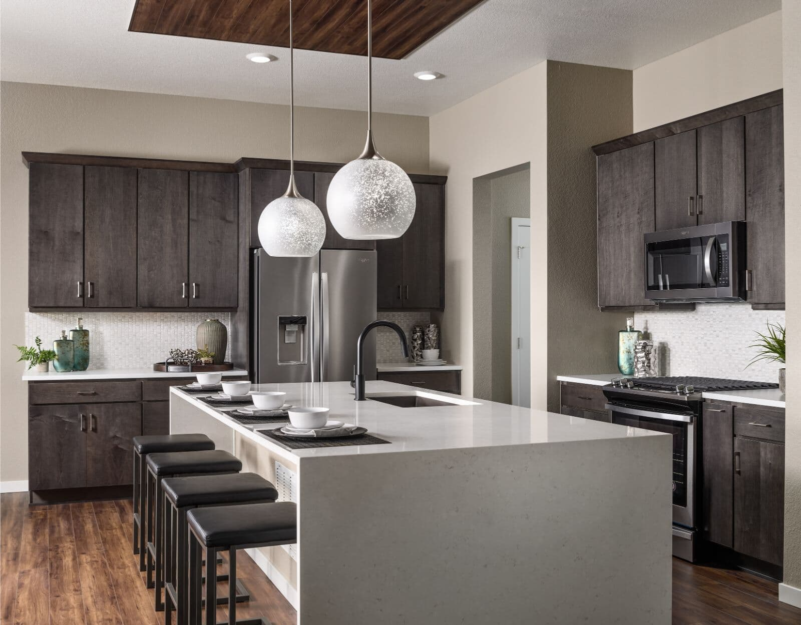 Ovation One Kitchen Brighton Crossings Denver Colorado