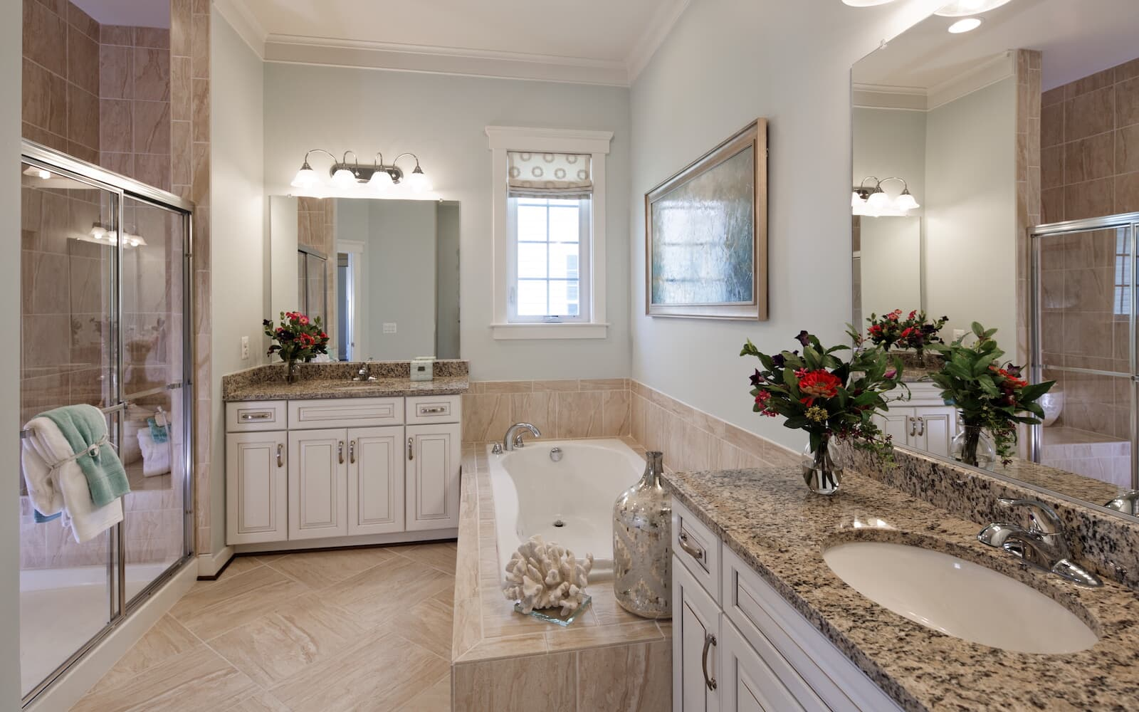 QuincyII-owners-bathroom-single-family-homes-bridgeville-de-active-adult-heritage-shores-brookfield-residential