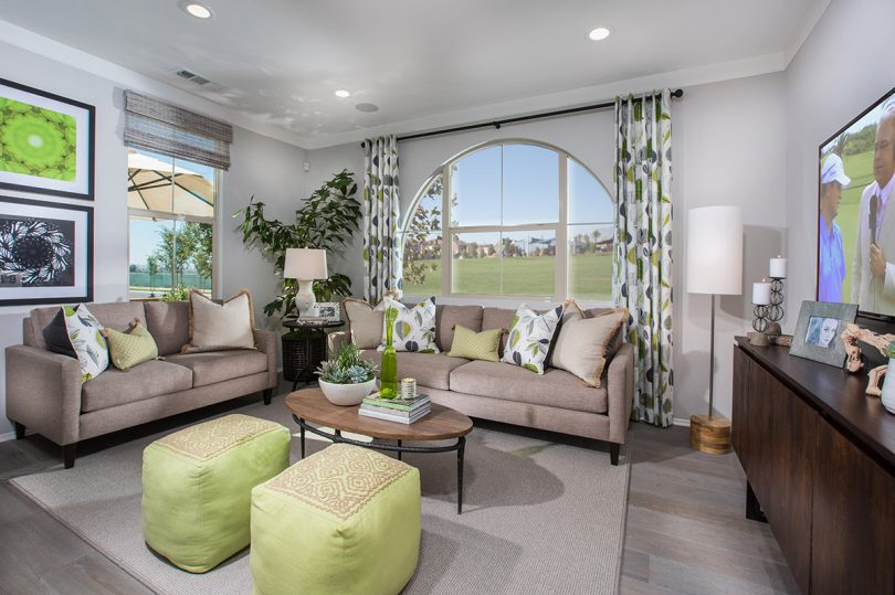 2016 Make Everyday a Holiday at New Haven | Brookfield Residential