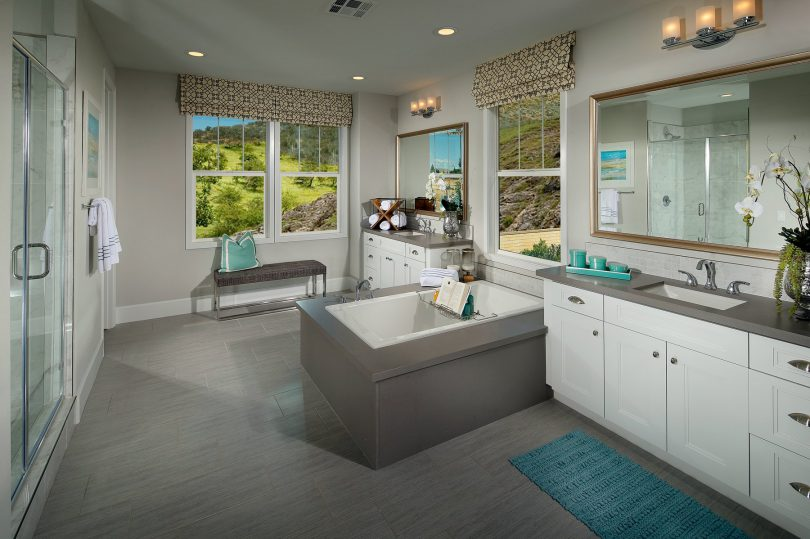2016 Bathroom Decor Tips | Brookfield Residential