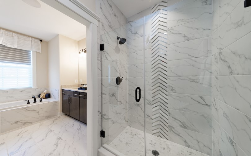 prescott-owners-bathroom-dowdens-station-brookfield-residential