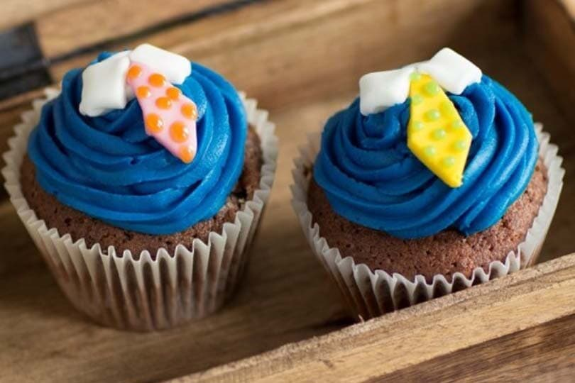 Father's Day cupcakes photo via Baking Mad