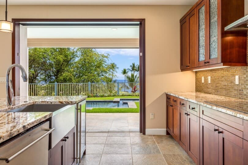 kitchen-lanai-view-plan-4-holua-kai-at-keauhou-810x540