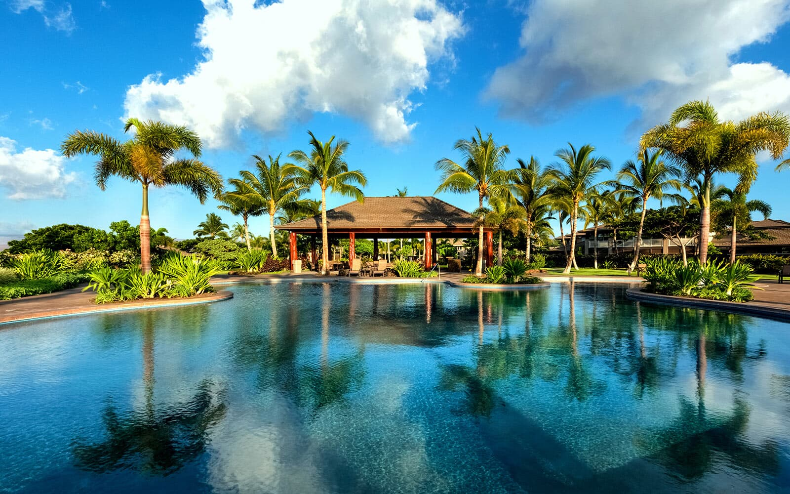 rec-center-family-pool-ka-milo-at-mauna-lani-brookfield-residential
