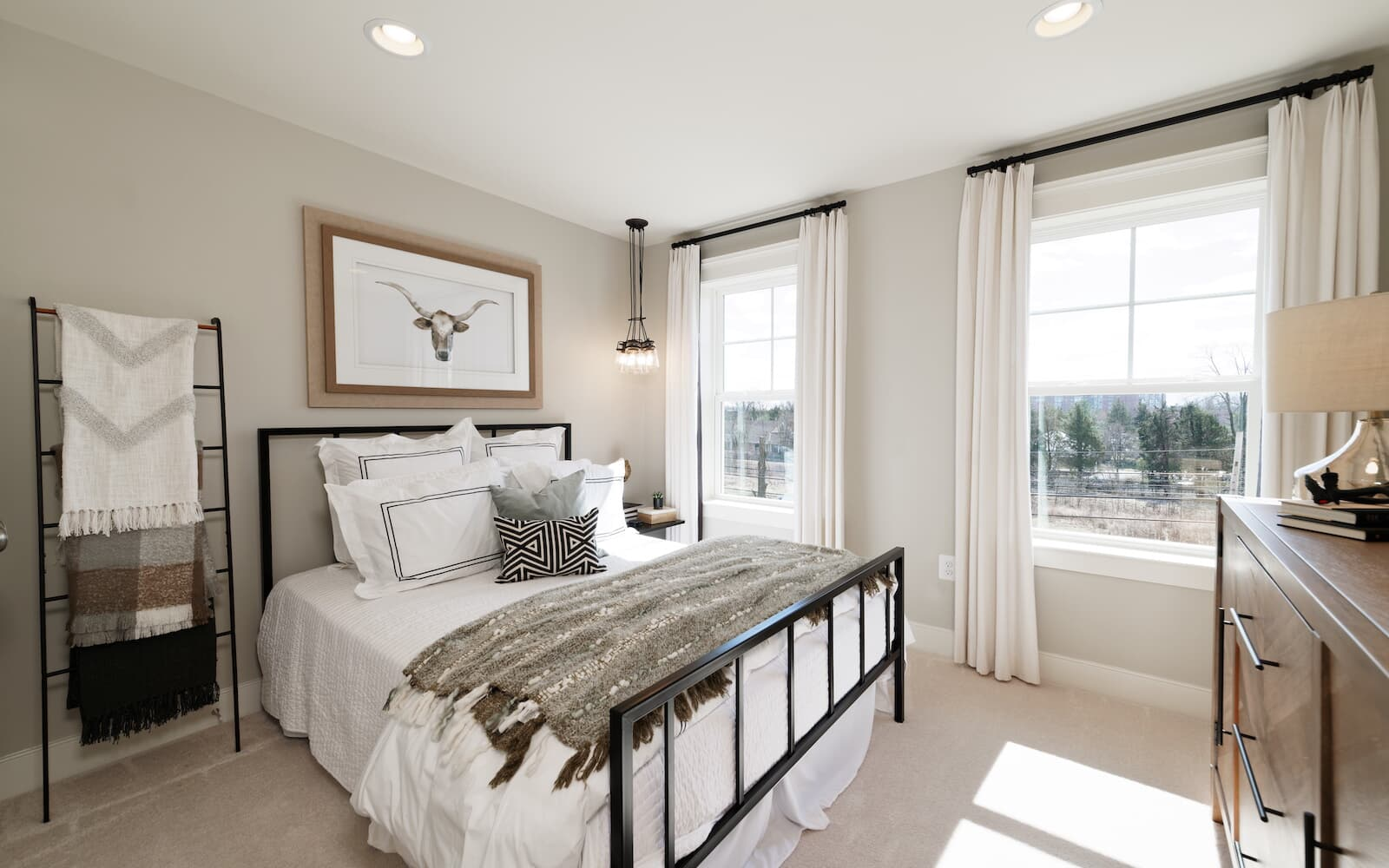 Aurora-bedroom2-townhomes-silver-spring-md-bradfords-landing-brookfield-residential
