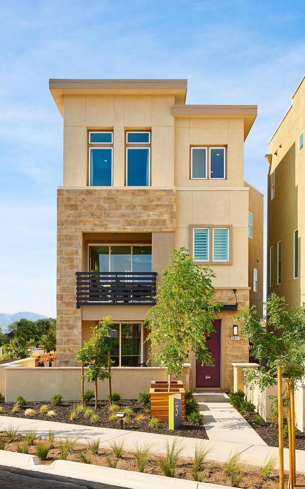 Exterior Residence 3 Huntington at Boulevard in Dublin CA Brookfield Residential