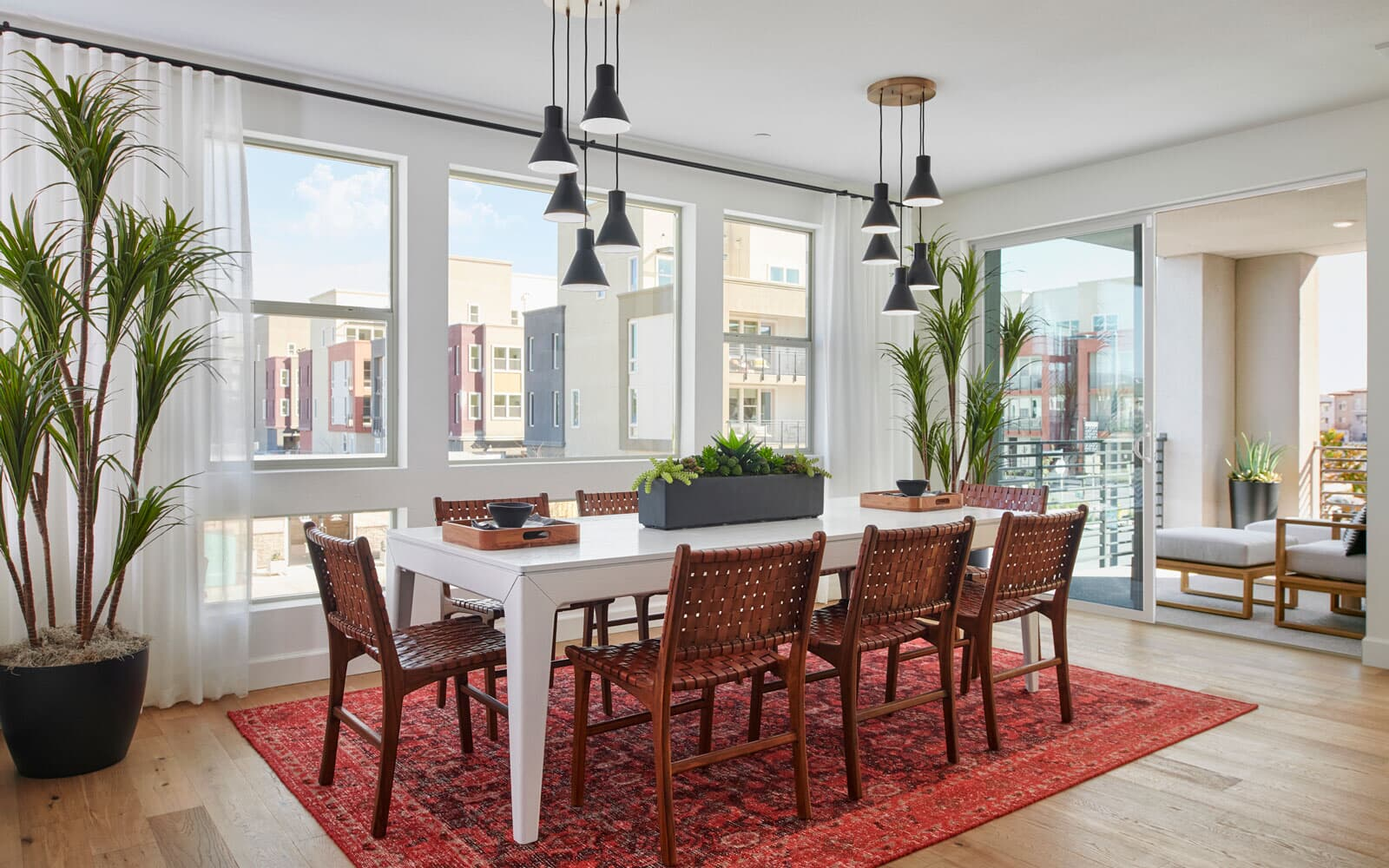Dining | Residence 3 | Hyde Park at Boulevard in Dublin, CA | Brookfield Residential