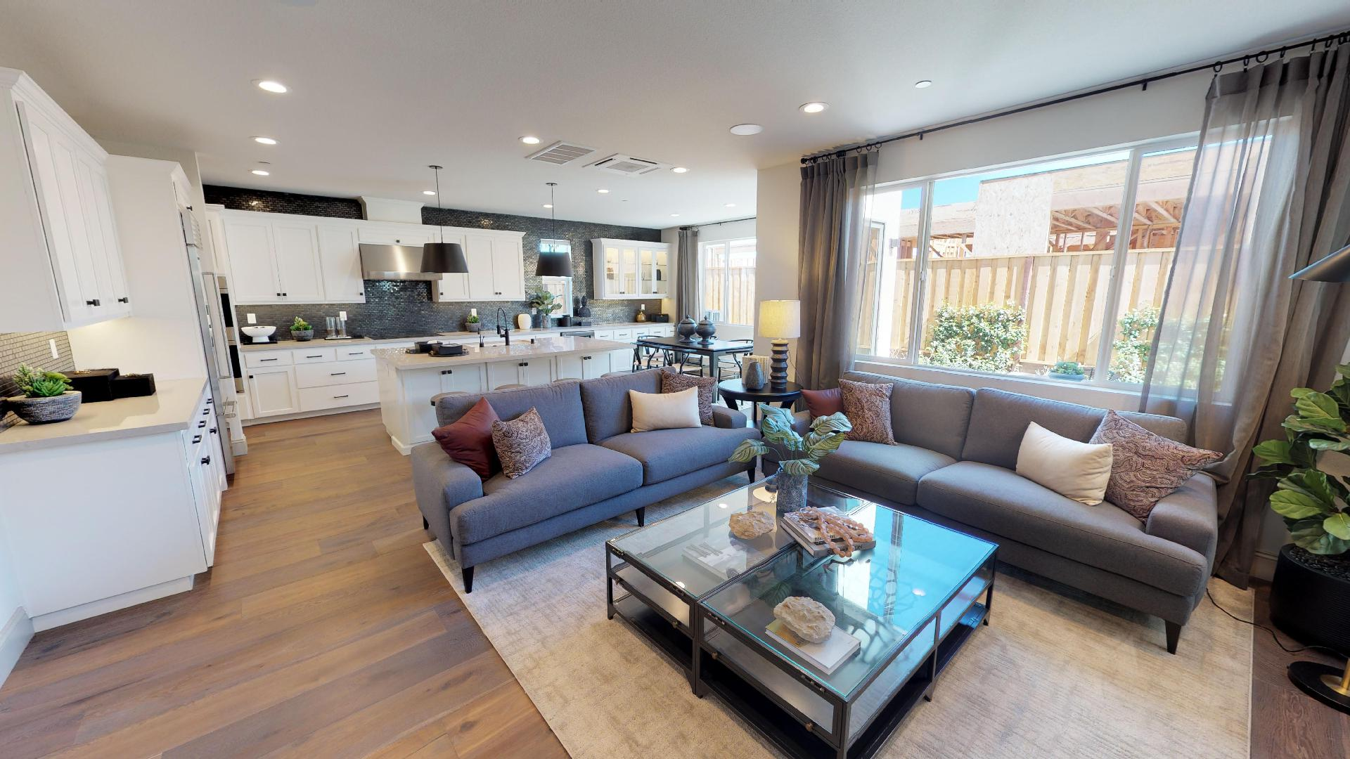 Residence 1 Virtual Tour | Mulholland at Boulevard in Dublin, CA | Brookfield Residential
