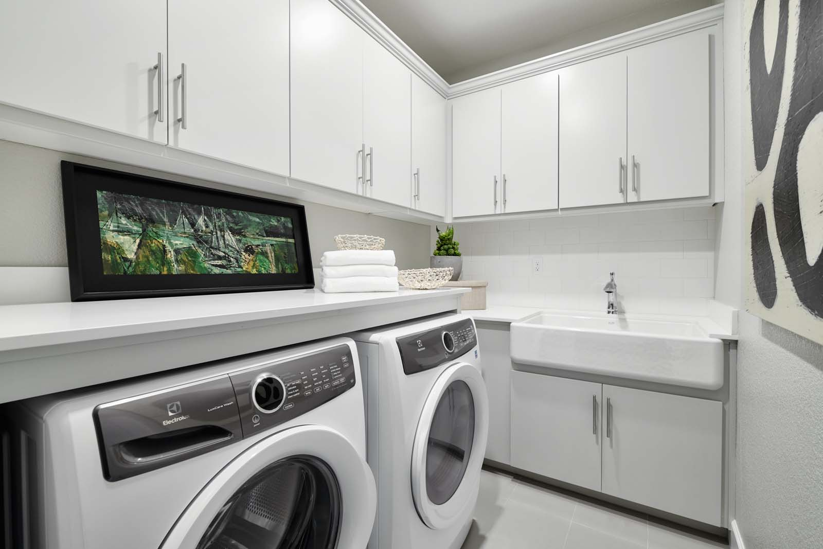 Residence 2 Laundry | Mulholland at Boulevard in Dublin, CA | Brookfield Residential