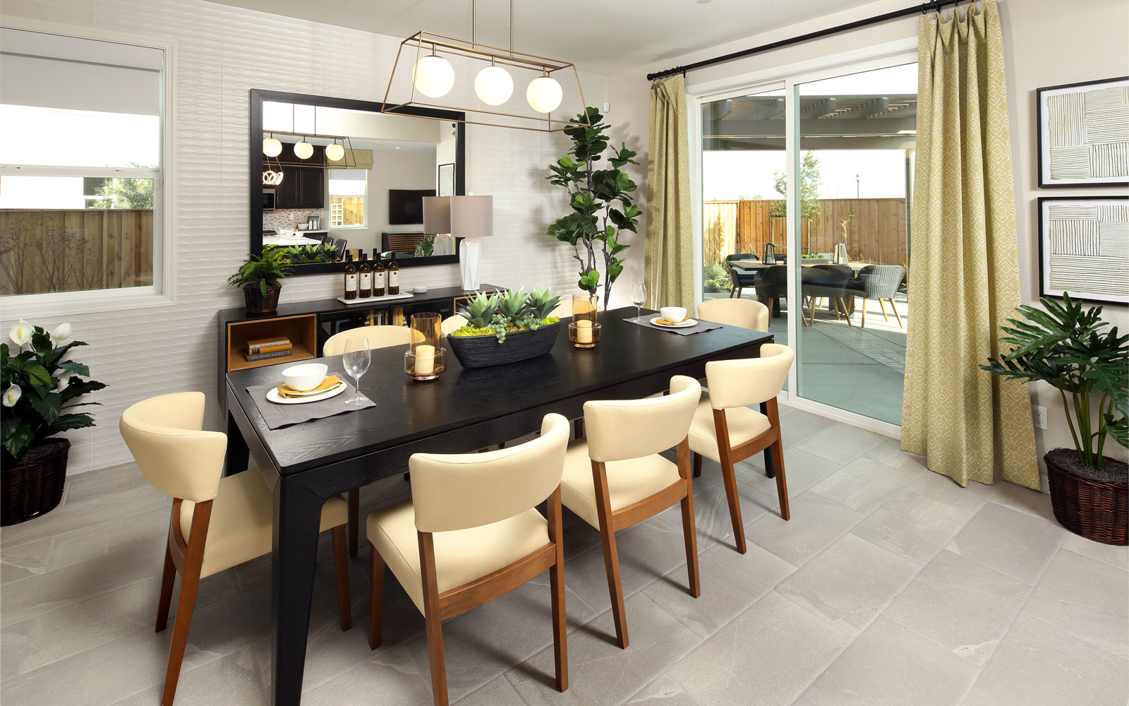 Dining | Residence 3 | Easton at Delaney Park in Oakley, CA | Brookfield Residential