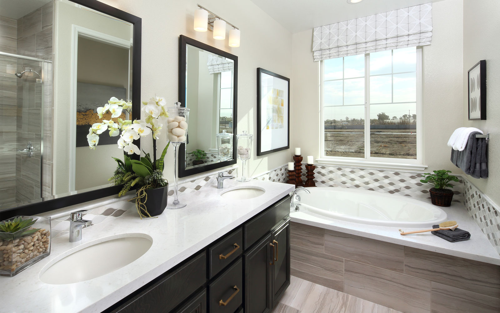 Master Bath | Residence 3 | Easton at Delaney Park in Oakley, CA | Brookfield Residential