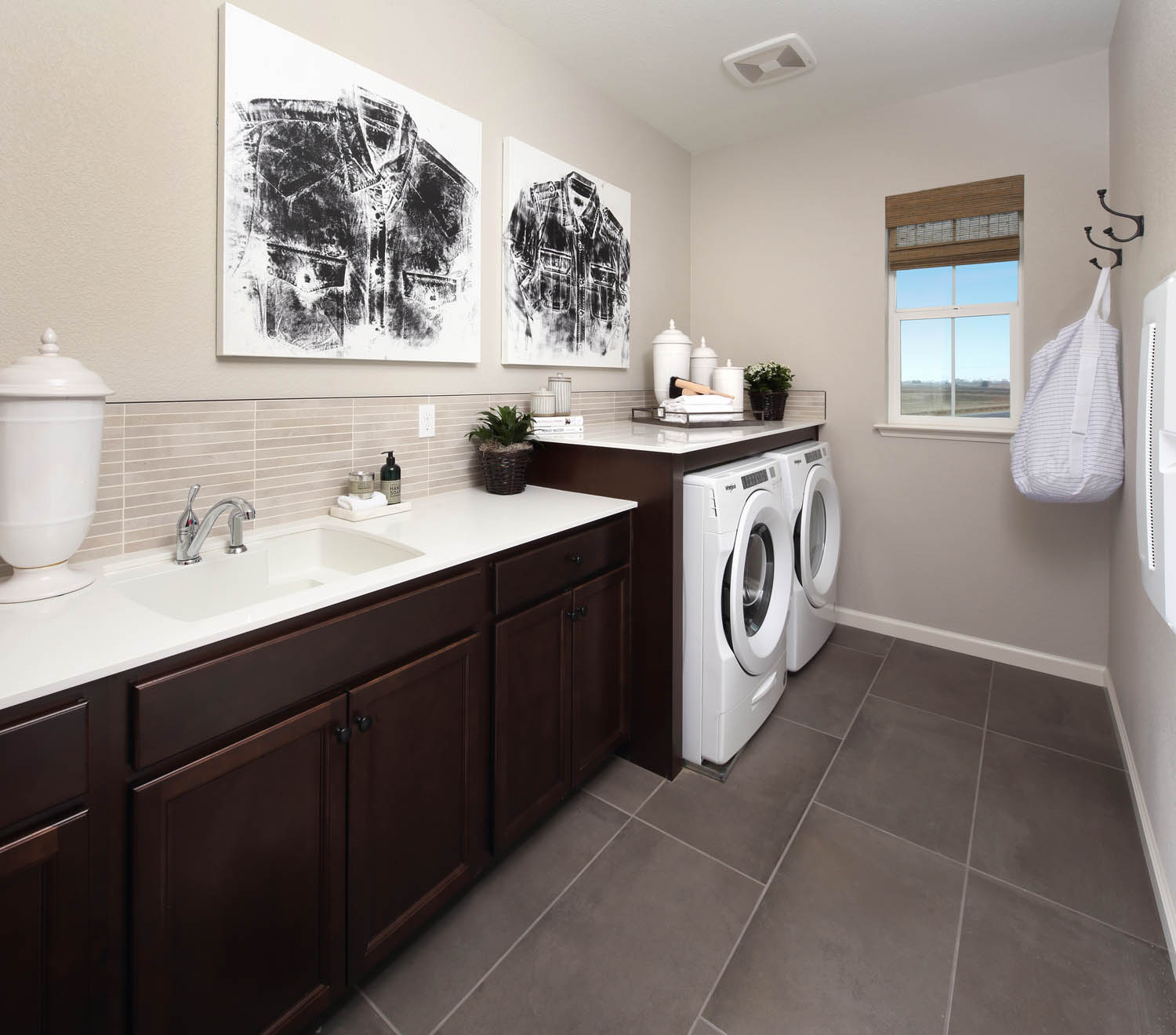 Laundry Room | Residence 2 | Southport | New Homes in Oakley, CA | Brookfield Residential