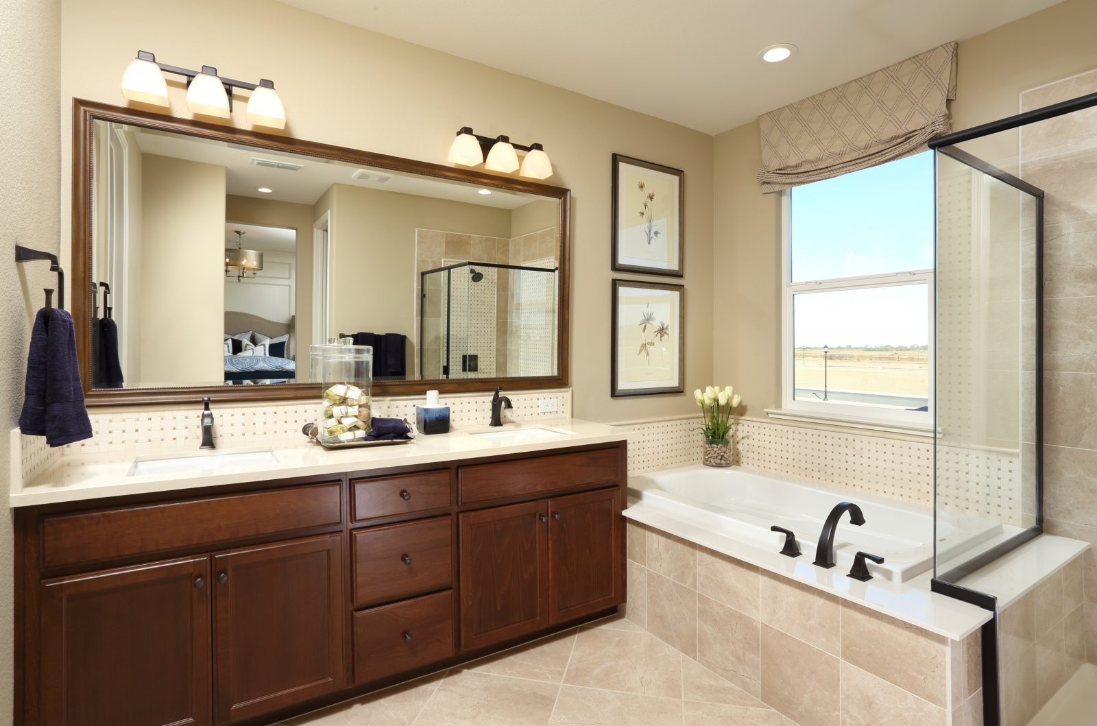 Master bathroom in new luxury home | Merritt at Emerson Ranch in Oakley, CA | Brookfield Residential