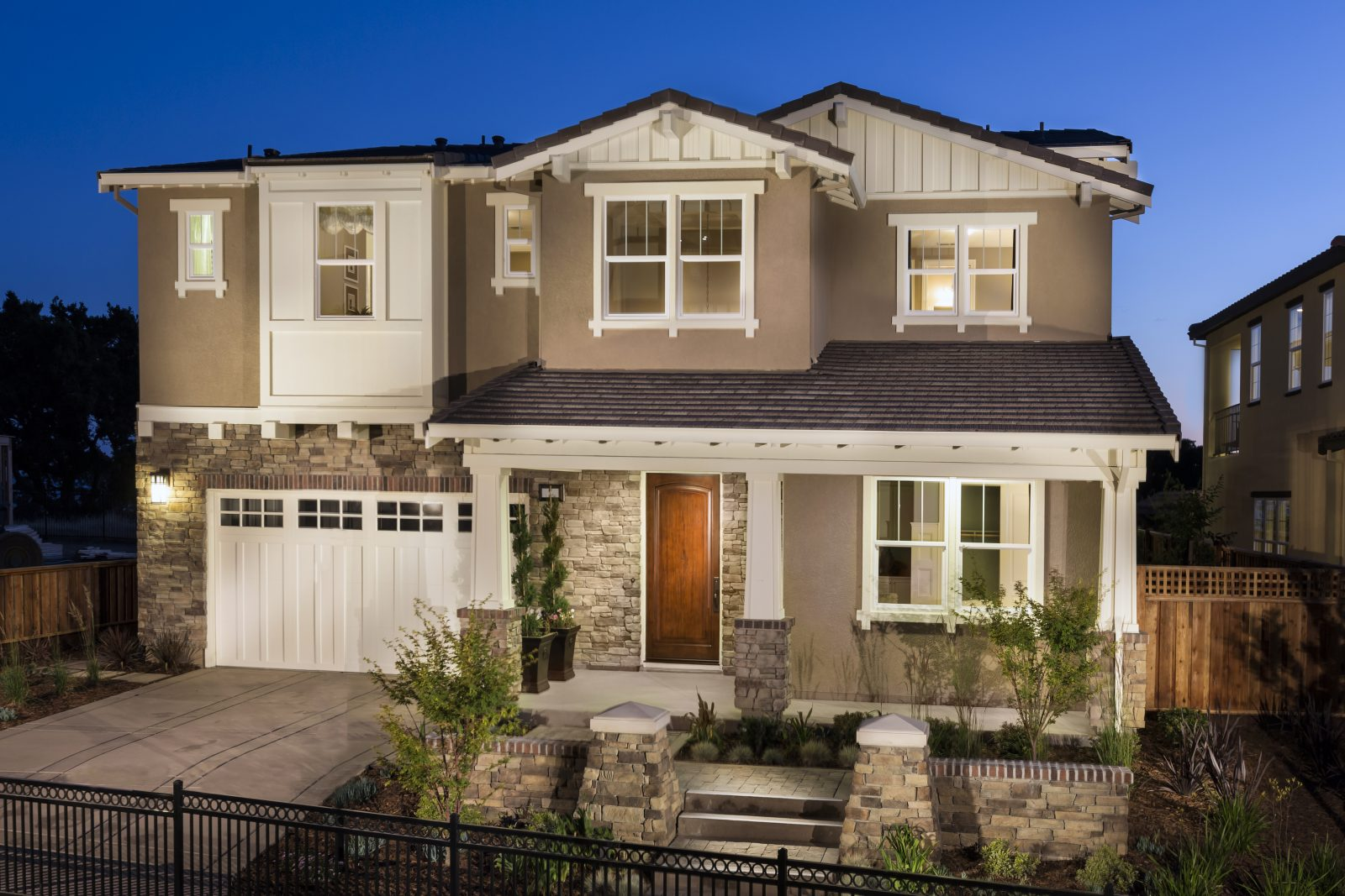 Front exterior view of new luxury home | Crown Point at Stonebrae in Hayward, CA | Brookfield Residential