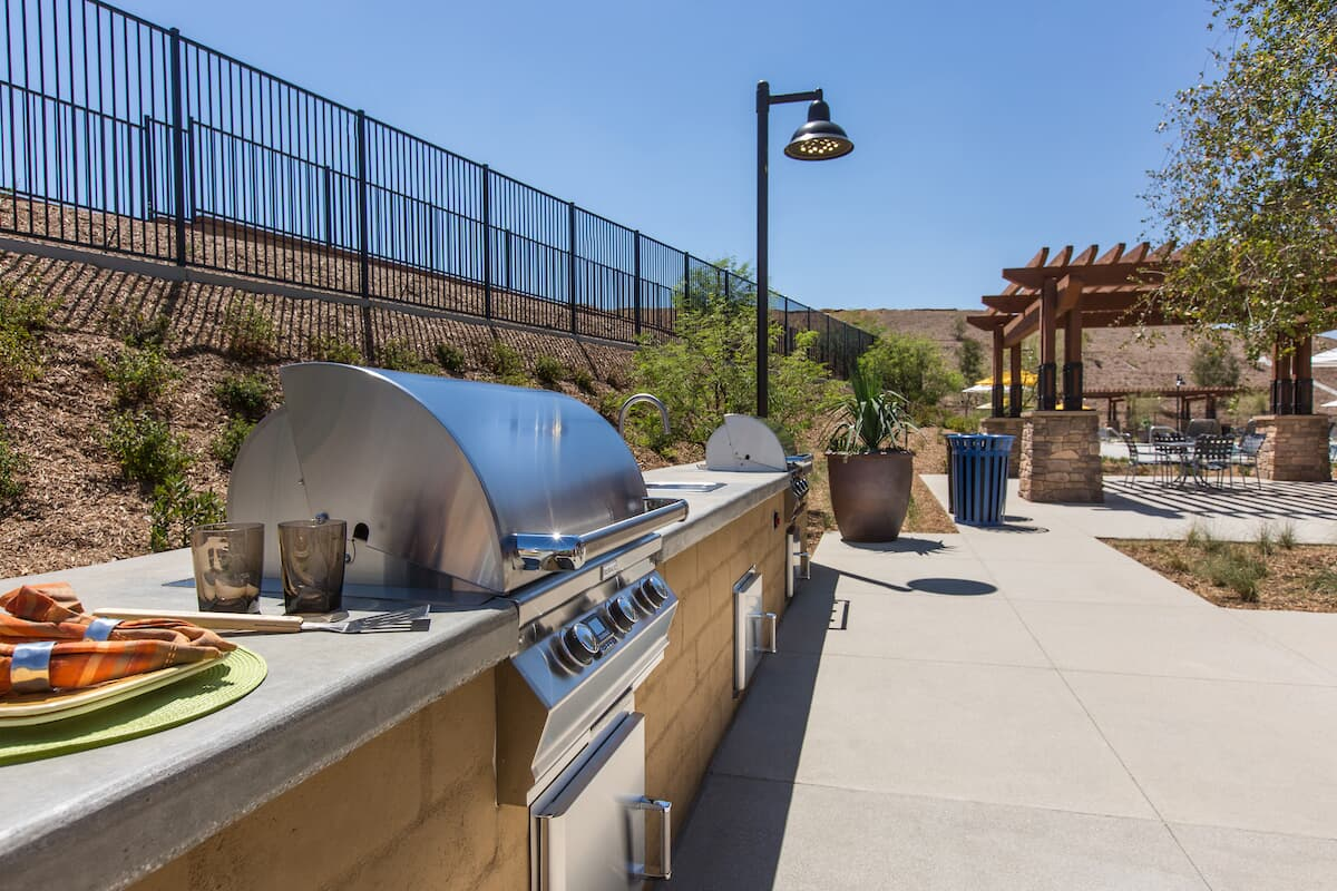 Barbecue in Audie Murphy Ranch in Menifee, CA | Brookfield Residential