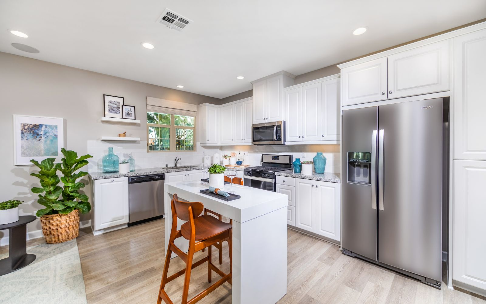 Towns Plan 1 Kitchen | Lantana @Beach in Stanton, CA | Brookfield Residential