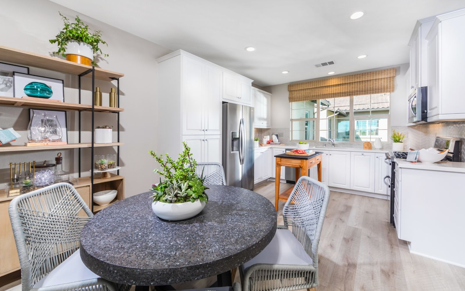Towns Plan 4 Kitchen and Dining | Lantana @Beach in Stanton, CA | Brookfield Residential