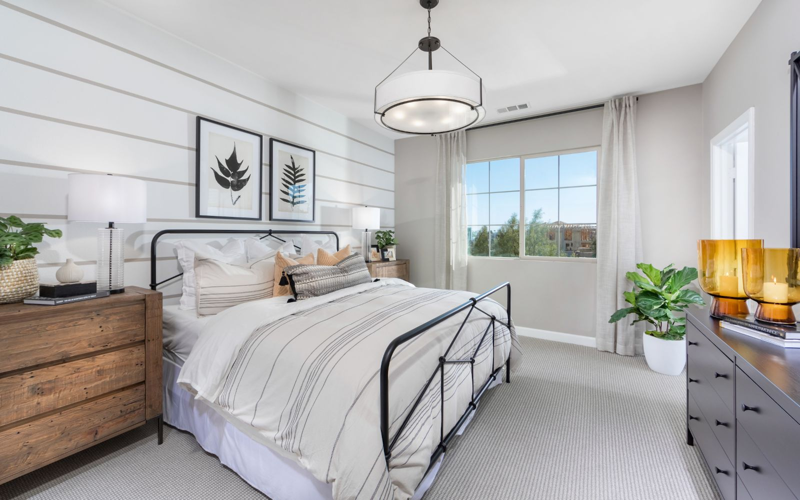 Towns Plan 5 Master Bedroom | Lantana @Beach in Stanton, CA | Brookfield Residential