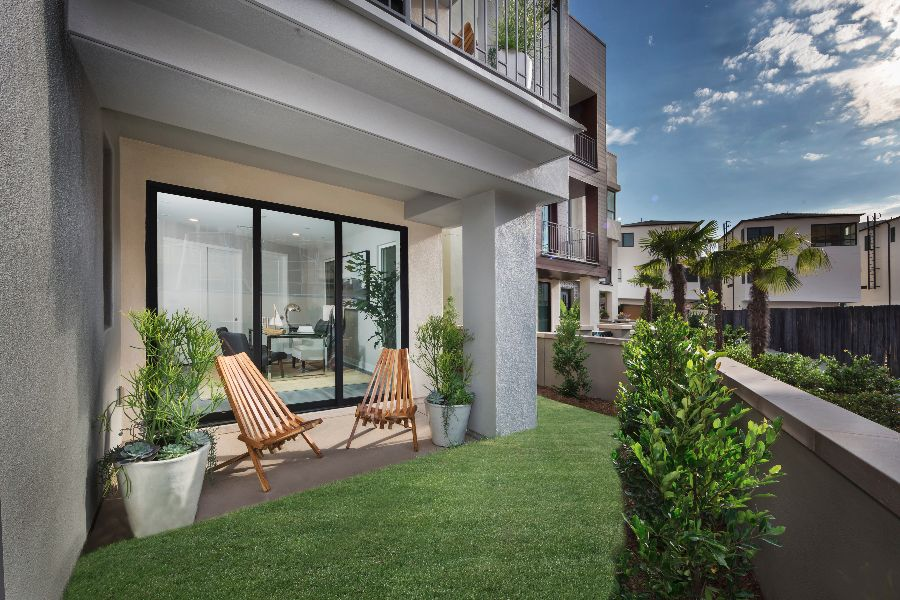 Yard | The Collection at Playa Vista in Los Angeles, CA | Brookfield Residential