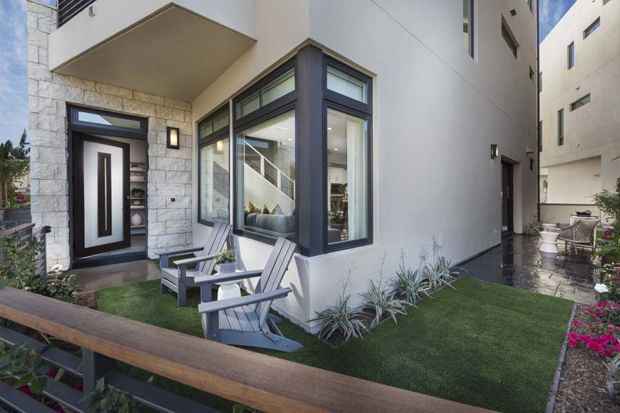 Front Yard Residence 2 | The Collection at Playa Vista in Los Angeles, CA | Brookfield Residential