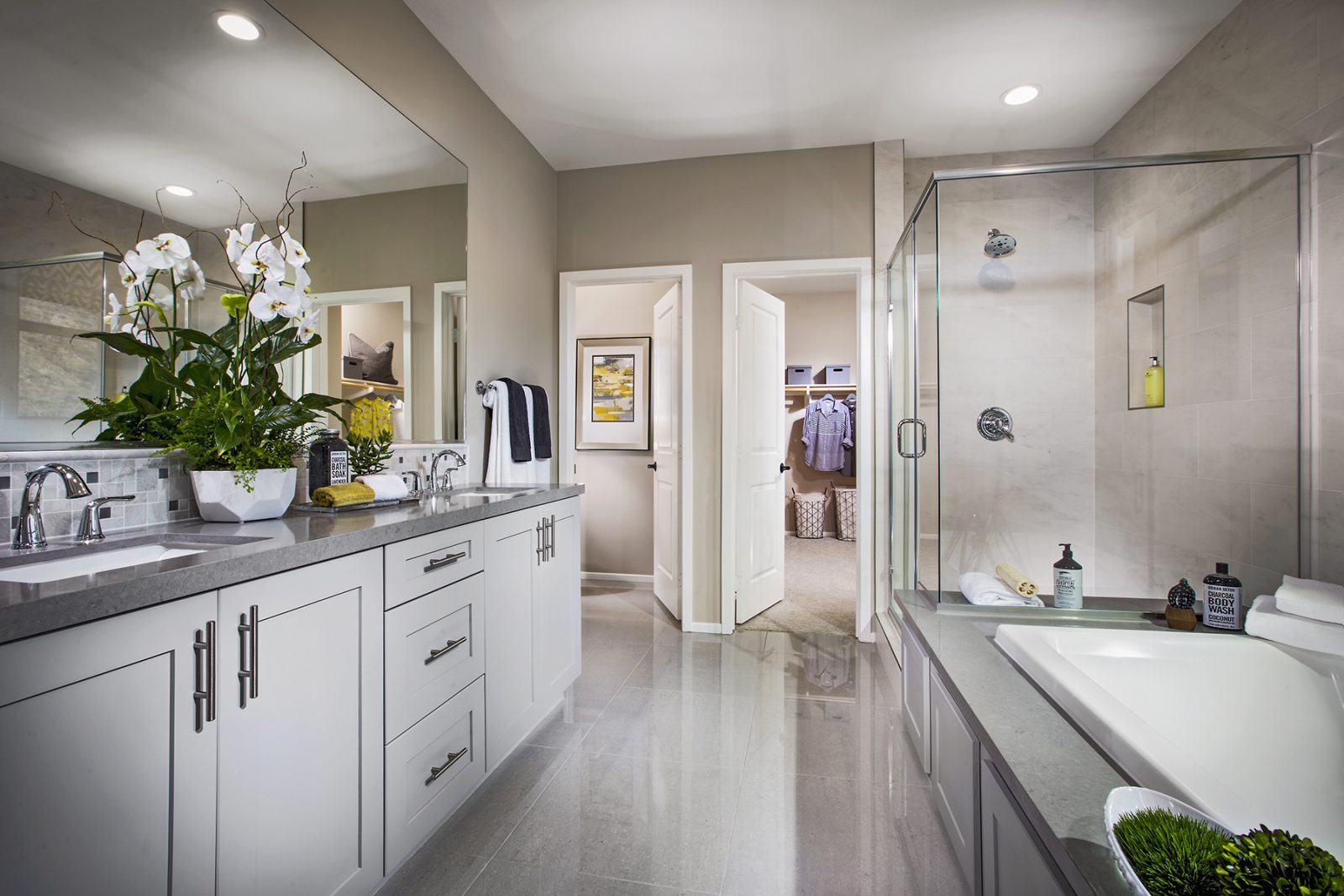 Residence 1 Master Bath | Terracina at Rancho Tesoro in San Marcos, CA | Brookfield Residential
