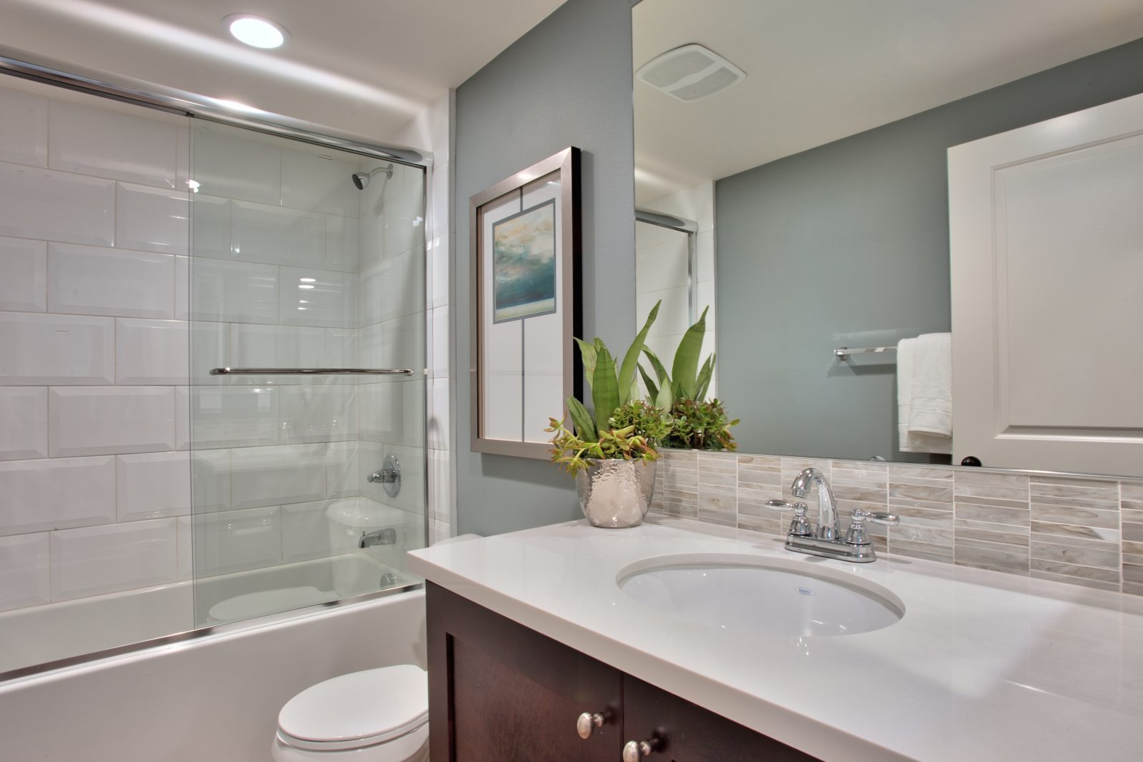 Bathroom at Spencers Crossing in Riverside, CA | Brookfield Residential