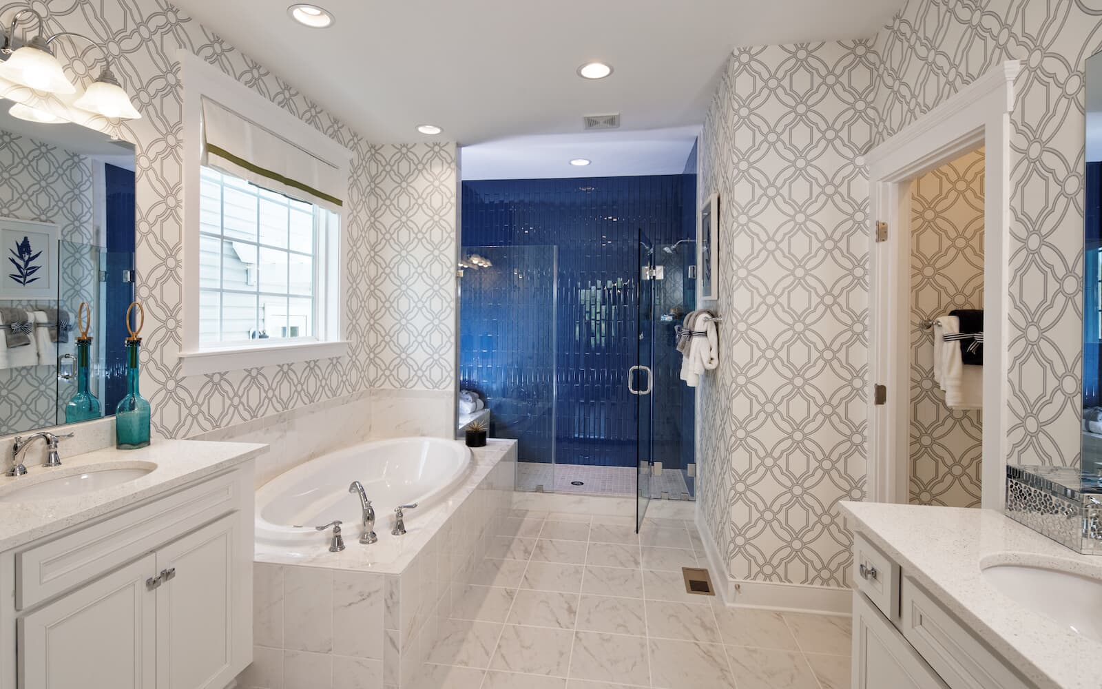 Cresswell-bathroom-single-family-homes-leesburg-va-waterford-manor-brookfield-residential