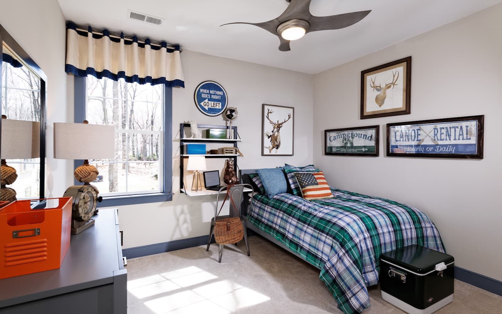 Beckner-bedroom3-single-family-home-round-hill-va-the-bluffs-at-sleeter-lake-brookfield-residential