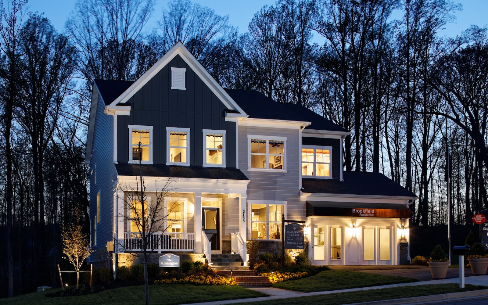KensingtonII-exterior-night-single-family-homes-potomac-shores-va-potomac-shores-brookfield-residential